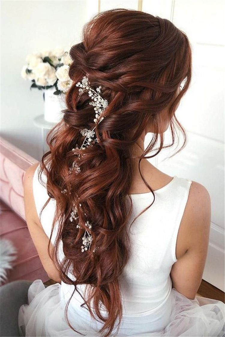 Best And Amazing Red Hair Color And Styles To Create This Summer Summer Hairstyle Summer Red Hair Red Hair G Wedding Hair Down Hair Styles Long Hair Styles