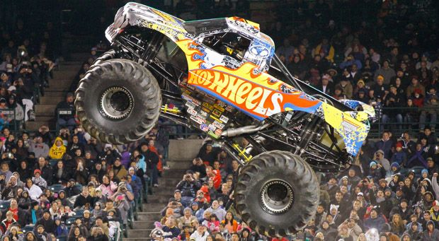 the official website of monster jam trucks team hot