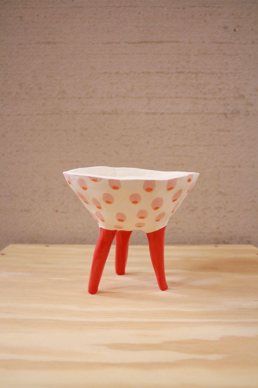 Leggy Planter #planter #pottery #pot #illustration #design #clay #succulent #ceramic #handmade #etsy #pinchpot