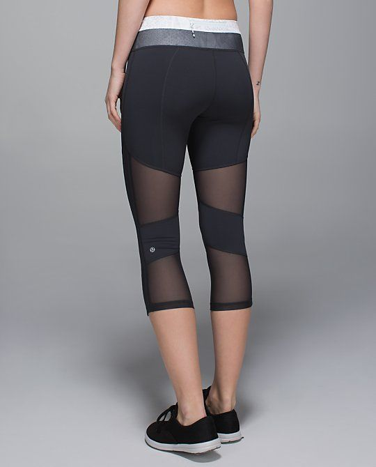 de91de0e20e5c Lululemon crop leggings with mesh | • Athletic Wear • | Sexy workout ...