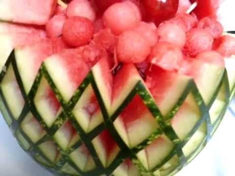 centros de mesa en tallado de frutas y vegetales