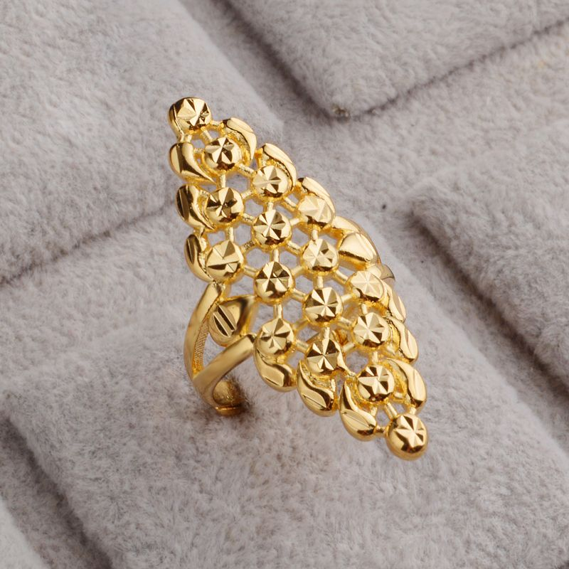 JEXXI Elegant Geometric Hollow Out Gold Color Rings For Women ...