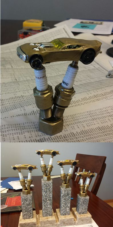 These are too cute!!! Custom Pinewood Derby Trophies. Toppers made ...