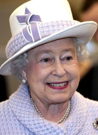 Queen Visits Bank