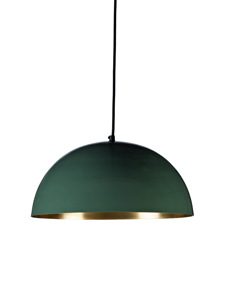 A new colourway of our bestselling White & Copper Pendant Light, our dome-shaped shade has a smooth forest green powder coated exterior and a soft gold finish on the inside. The gold interior creates a beautiful warm glow when lit.