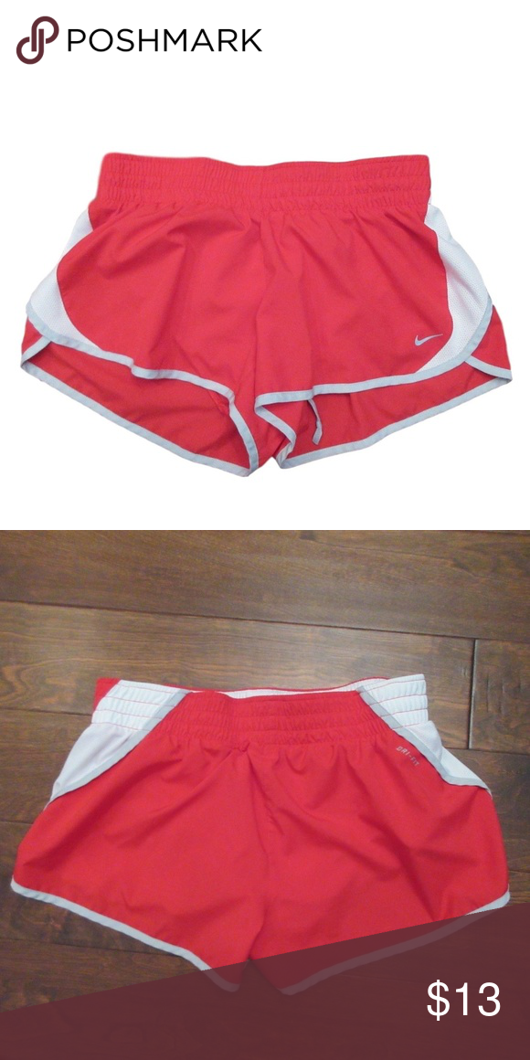 d799e36386f99 Nike Dri-Fit Red Athletic Exercise Shorts Size  Large Material  100%  Polyester