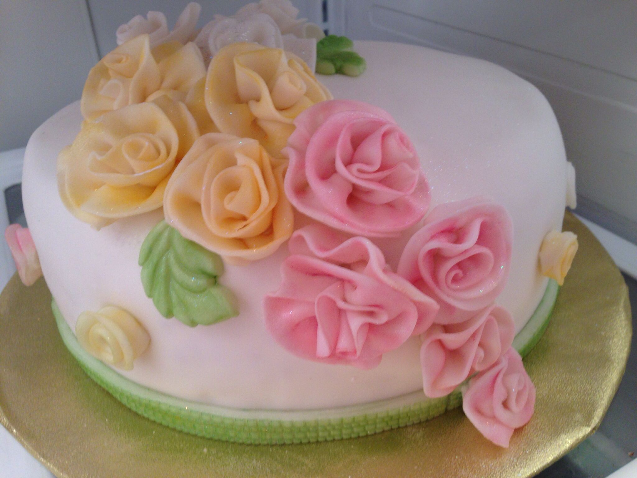 All occasion rose cake