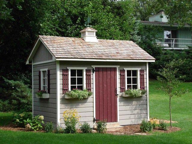 Gartenhaus kleine fenster ziegeldach idylle im sommer blumen garden inspiration porch decor - Farbe gartenhaus ...