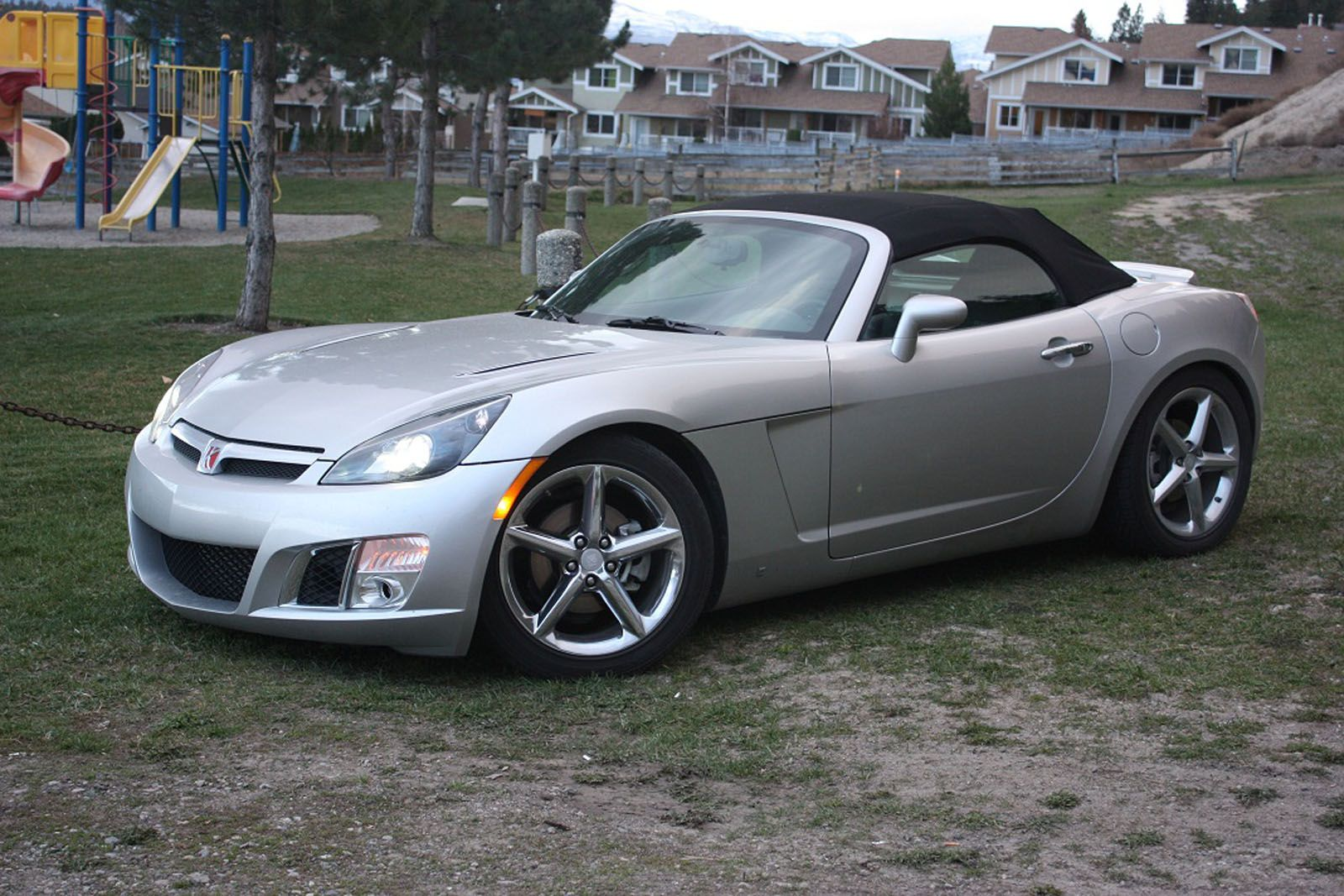 Custom modded 300 bhp 2008 saturn sky redline for sale or trade in british columbia buy this silver convertible