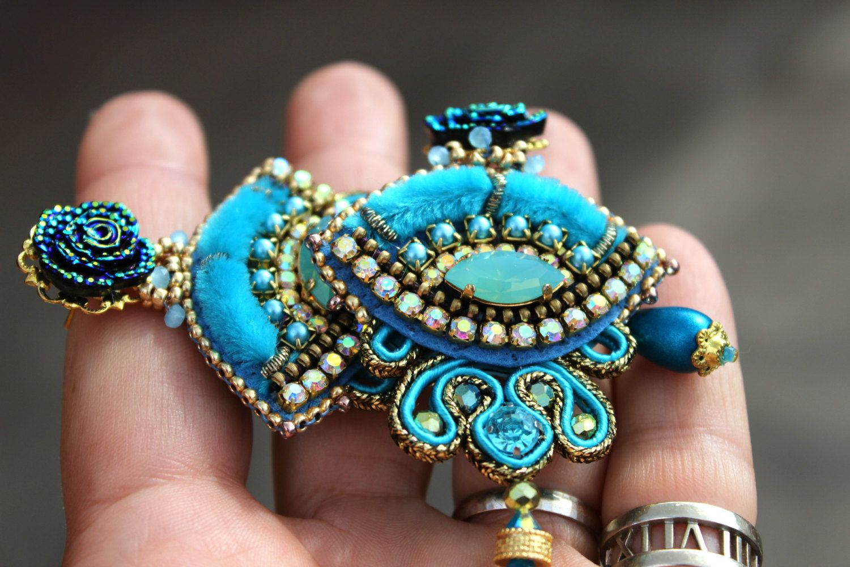 Ebroidery & Soutache earrings/ Turqoise earrings / OOAK. di Fantasiria su Etsy
