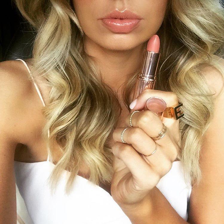 @elle_ferguson: The perfect pink for a perfect pout @ctilburymakeup colour #bitchperfect