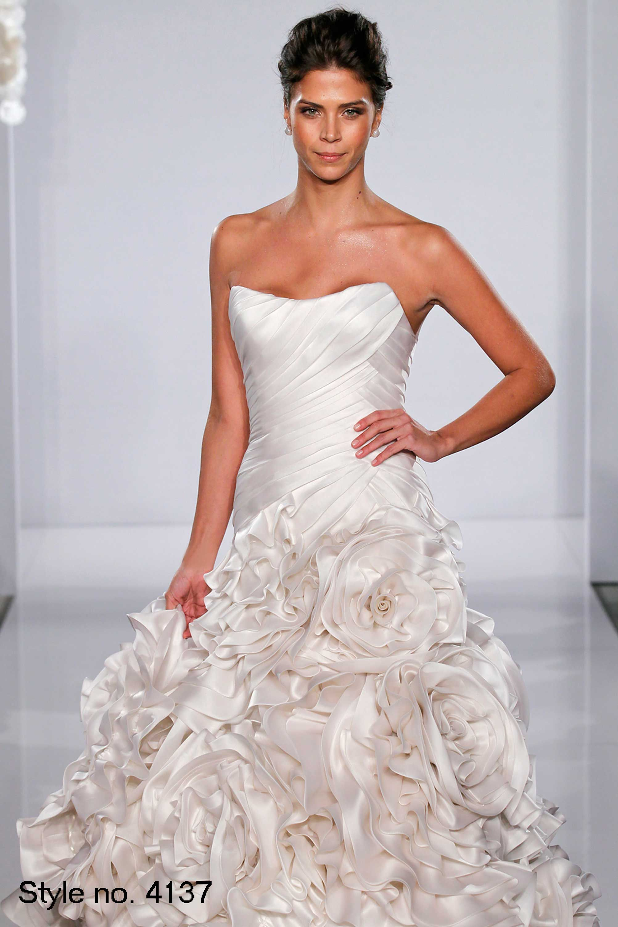 Love This Pnina Tornai Gown Style No 4137 Pnina Tornai Wedding