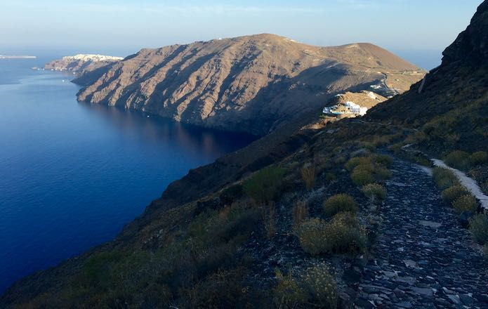 Fira to Oia Hike: 2+ hr hike with amazing views