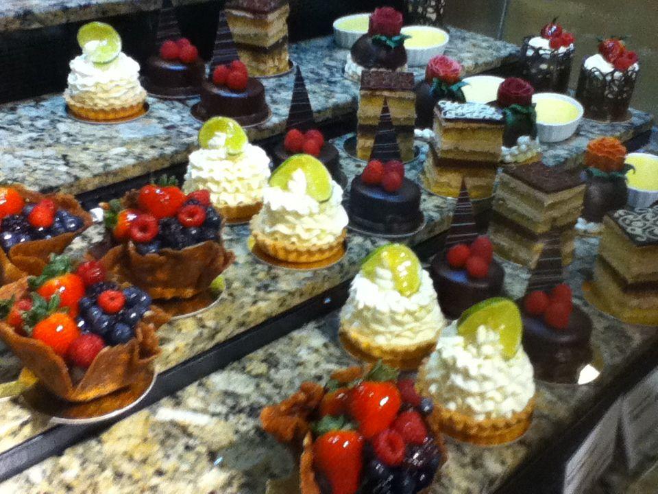 Whole Foods Mini Cakes | wedding | Pinterest | Mini cakes ...