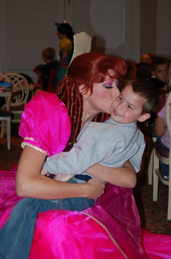 A Kiss From An Evil Step Sister Disney Side Step Sister