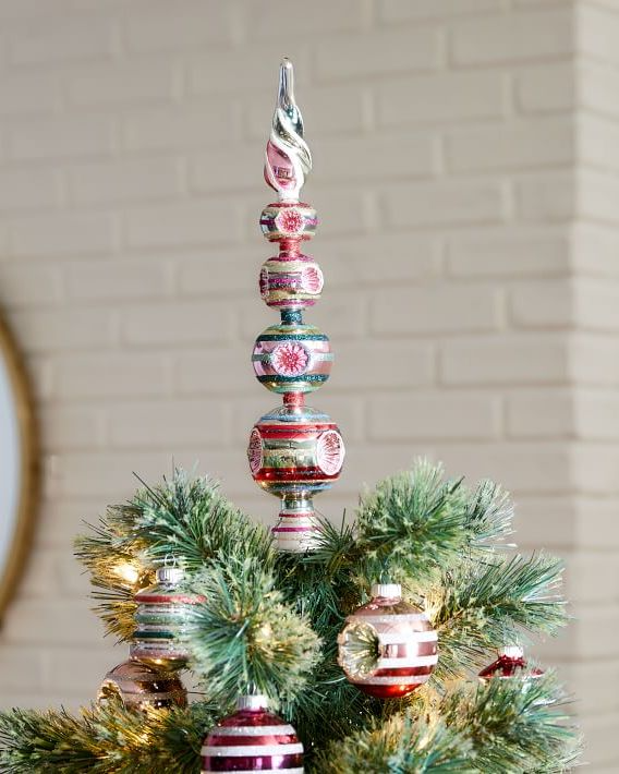 Upgrade Your Christmas Tree Topper This Year Christmas Tree Toppers Vintage Christmas Ornaments Tree Toppers