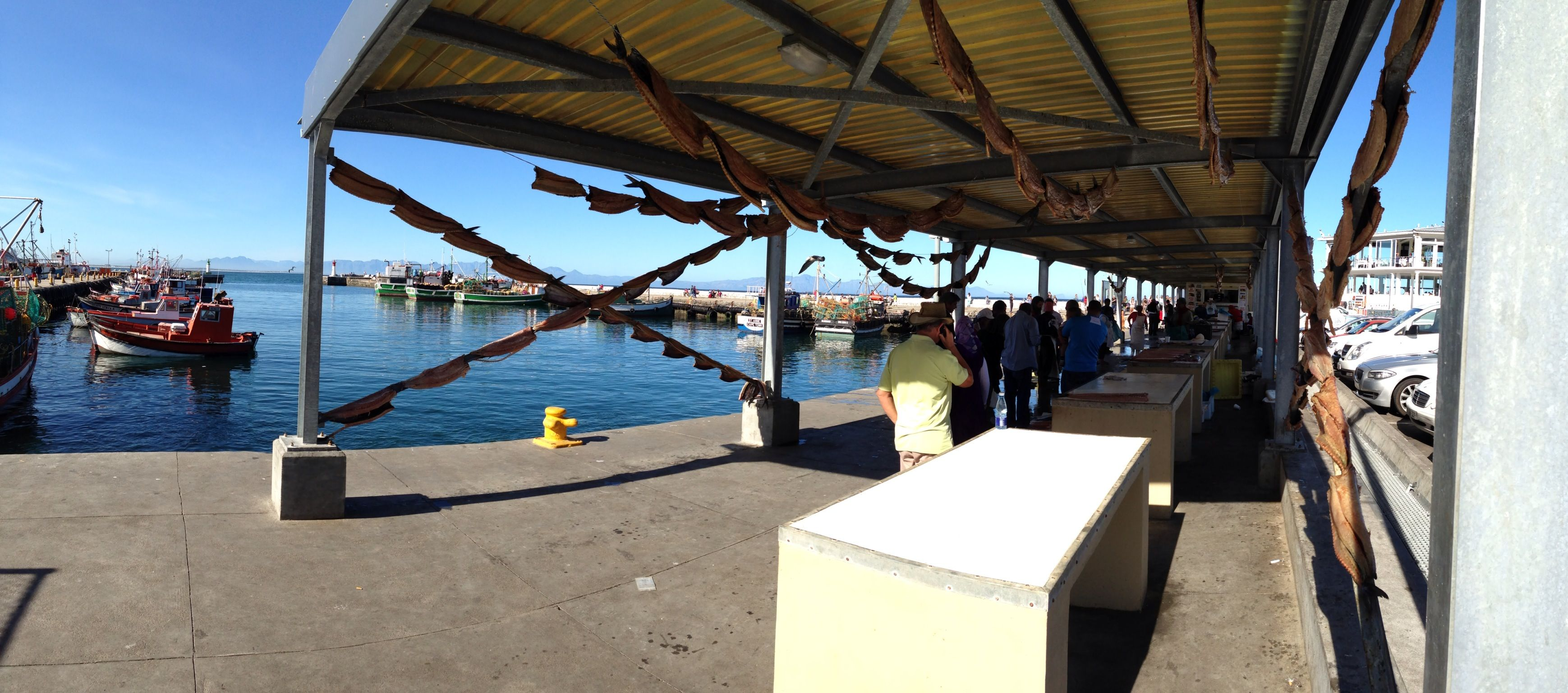 Fish sales in the harbour