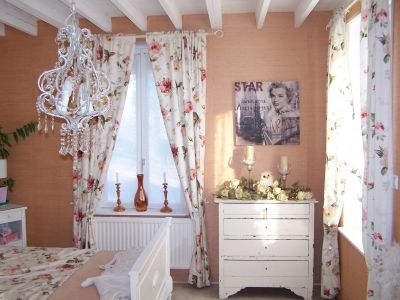 chambre style anglais a quoi ressemble votre chambre. Black Bedroom Furniture Sets. Home Design Ideas
