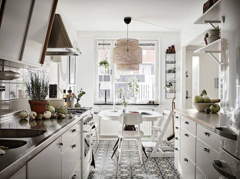 modernisti-vintage-keittio-ruokailutila