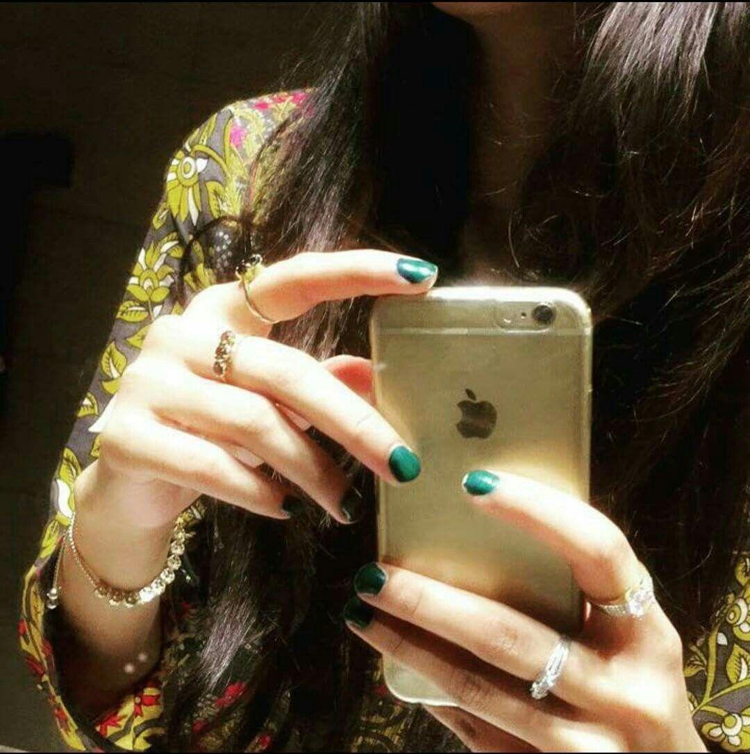 Pin mehndi and bangles display pics awesome dp wallpaper on pinterest - Girls