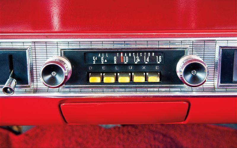 1963 Ford Galaxie 500 Radio | Ford galaxie's | Ford galaxie, Ford
