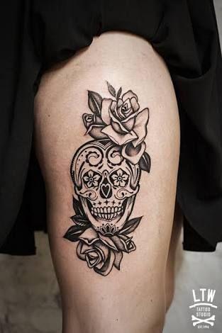 Resultado De Imagen Para Tatuajes De Calaveras Para Mujeres En Las