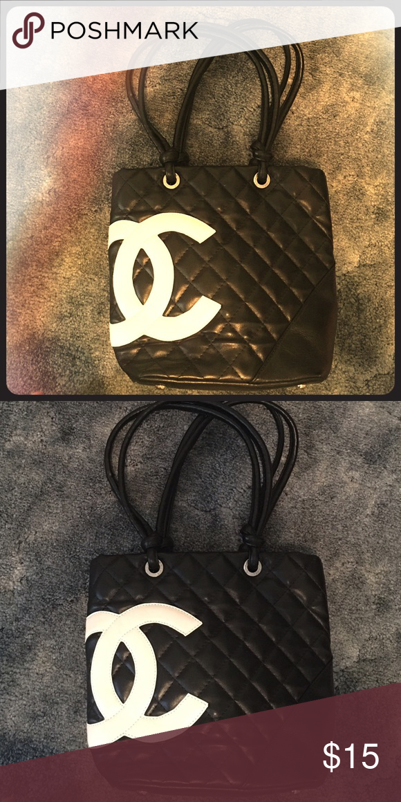 b2bd7f8d1b4a Shop Women's CHANEL Black size OS Shoulder Bags at a discounted price at  Poshmark. Description: Like new Chanel purse.