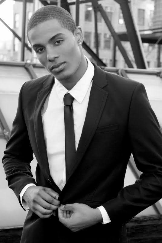 Antonio Vizcaino, Model