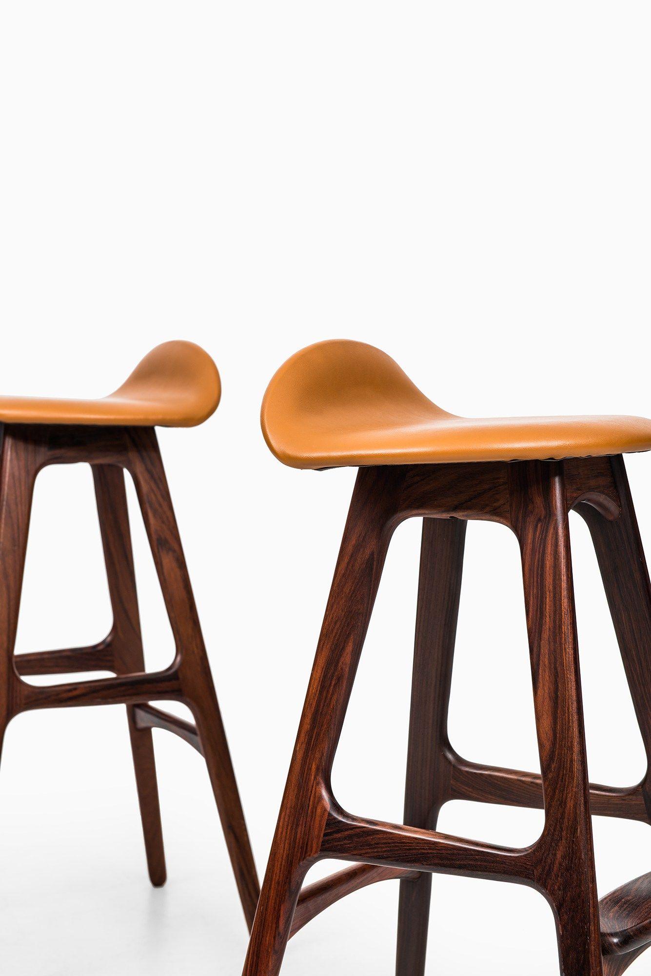 Elegant Bar Stool and Table Sets