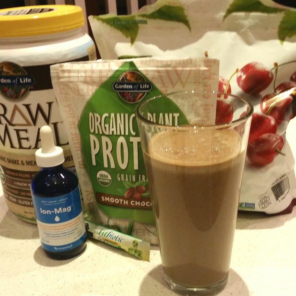 WW Garden of Life RAW Meal chococherry protein shake