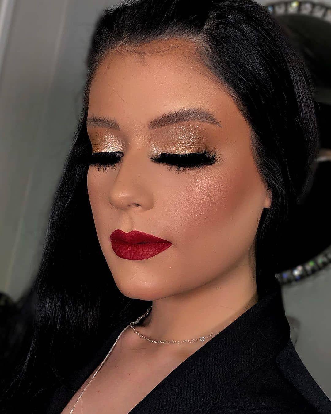 makeup in 2020 Liquid glitter eyeshadow, Turquoise