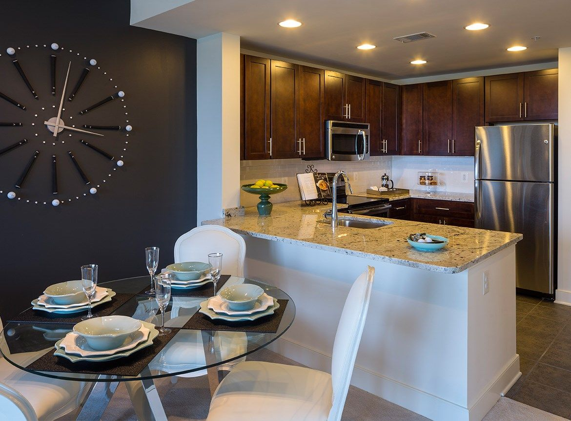 Photos And Video Of Aurora In North Bethesda Md Apartments For Rent Kitchen Decor Modern Kitchen