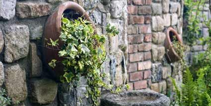 Ruinenmauer aus alten Mauerziegeln | Garten | Pinterest | Alter ...