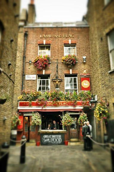 Lamb Flag One Of London S Oldest Pubs Near Covent Garden London Pubs London Places Old Pub