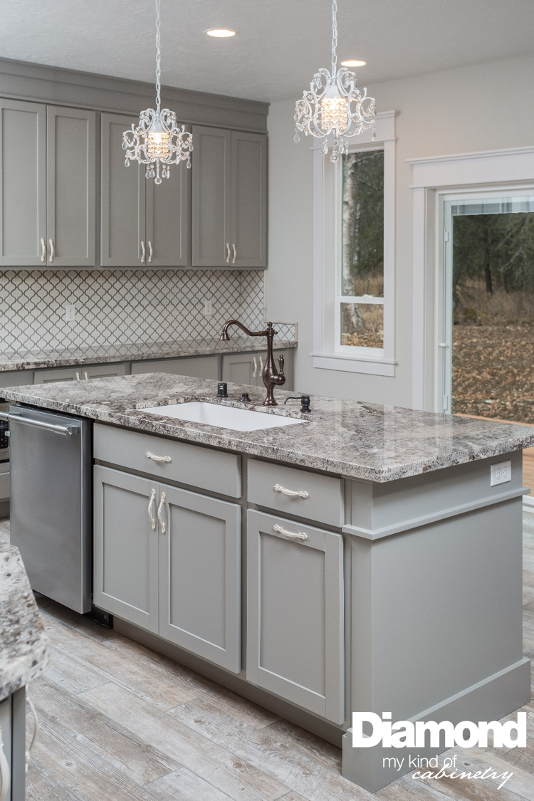 Let Lowe S Help You Complete Your Remodel Be Inspired By This Beautiful Alaska Kitchen Wi Kitchen Remodel Layout Simple Kitchen Remodel Modern Kitchen Remodel