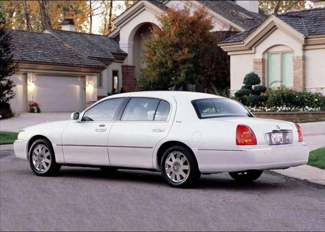 2014 Lincoln Town Car Car News Pictures Price Specification