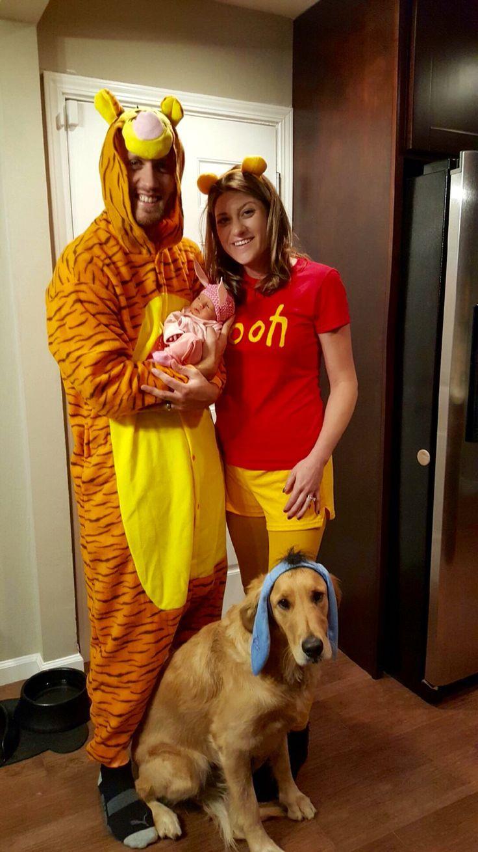 Family Halloween costume ideas with a newborn halloween
