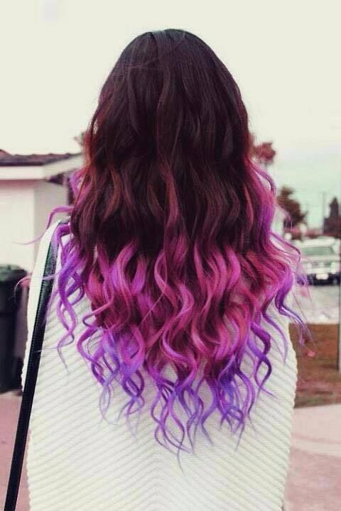 Amazing Black Hair With Pink And Purple Highlight White Shirt Curly Hair Hair Styles Purple Ombre Hair Dip Dye Hair