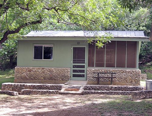 Texas Hill Country | Cabins for Rent | Cottages | Snowbirds Waltonia Lodges