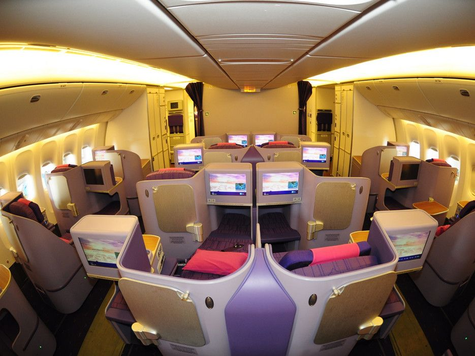 Premium Economy Seats Worth The Upgrade Economy Seats Private Jet Interior Airlines