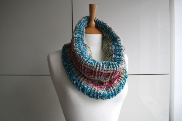 Plaid Snood Scarf Crochet Pattern By Luz Patterns Snood Scarves
