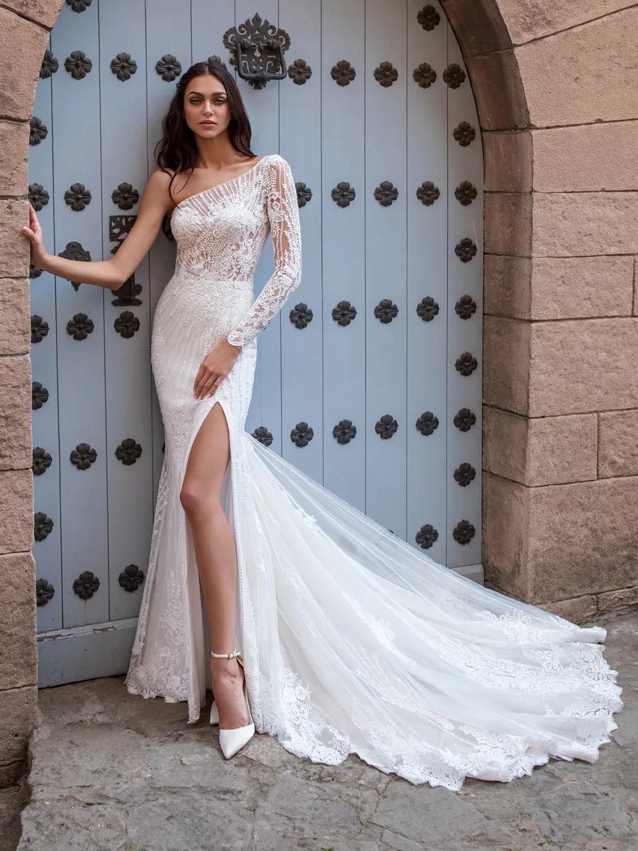 Titan Pronovias Wedding Dress Wedding Dresses Wedding Gowns Mermaid [ 1200 x 900 Pixel ]