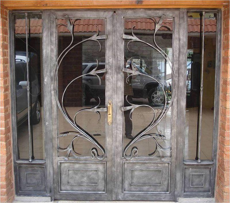 Puertas forja herreria 12 puerta pinterest dise os for Puertas de madera con herreria