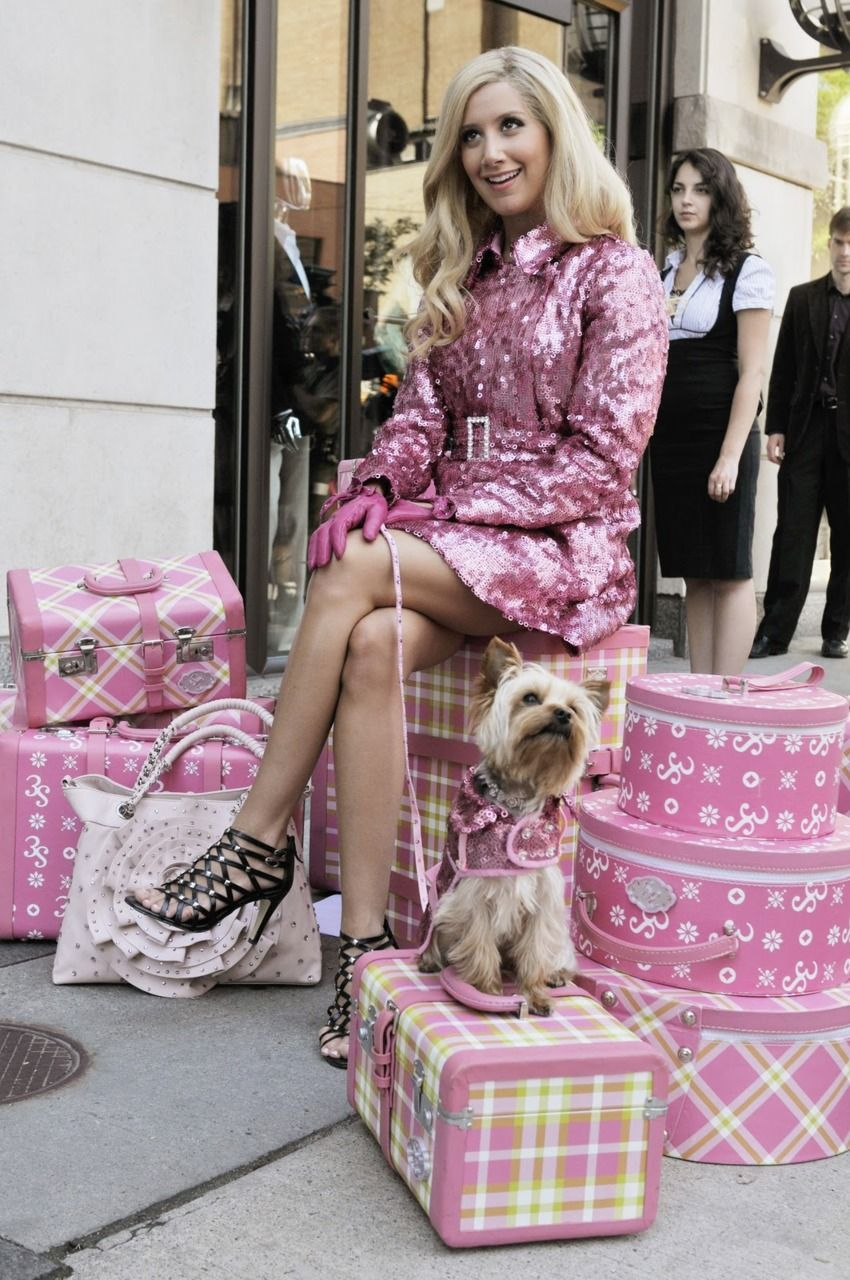 Ashley Tisdale all patterny & pinky.