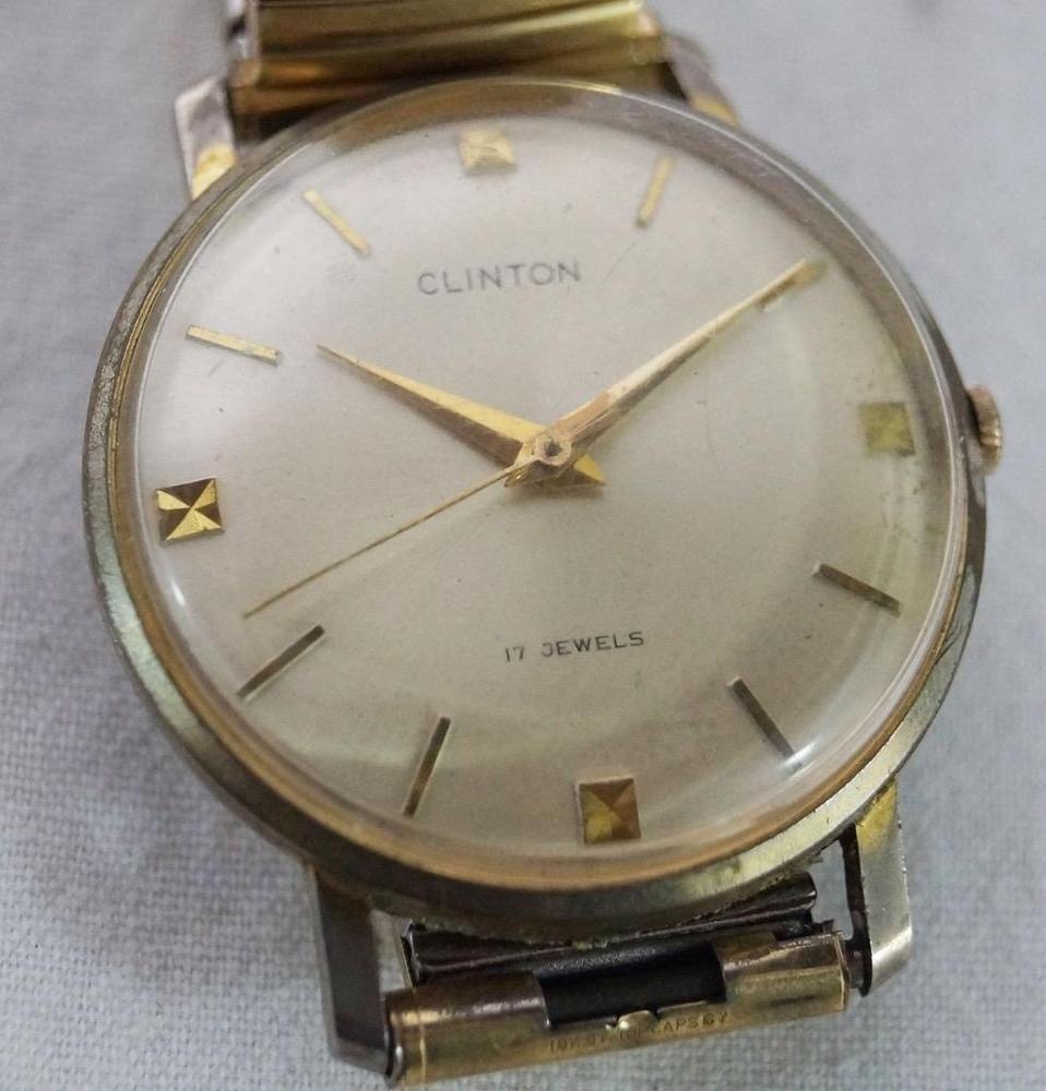 d6823df179 Vintage Clinton 17 Jewels Mens Wrist Watch in 2019   Vintage Watches ...