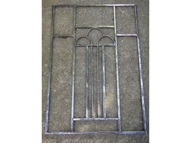 Ancienne grille de porte art d co en fer forg 87 5 x 59 for Porte fer forge jardin