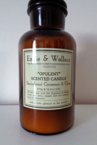 Eadie-Wallace-Bottle-Candle-In-Opulent-Sandalwood-Cinnamon-Clove
