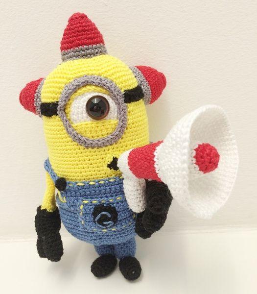 Minion Bee Doo mit Megafon Häkelanleitung   Häkelanleitung, Dawanda ...