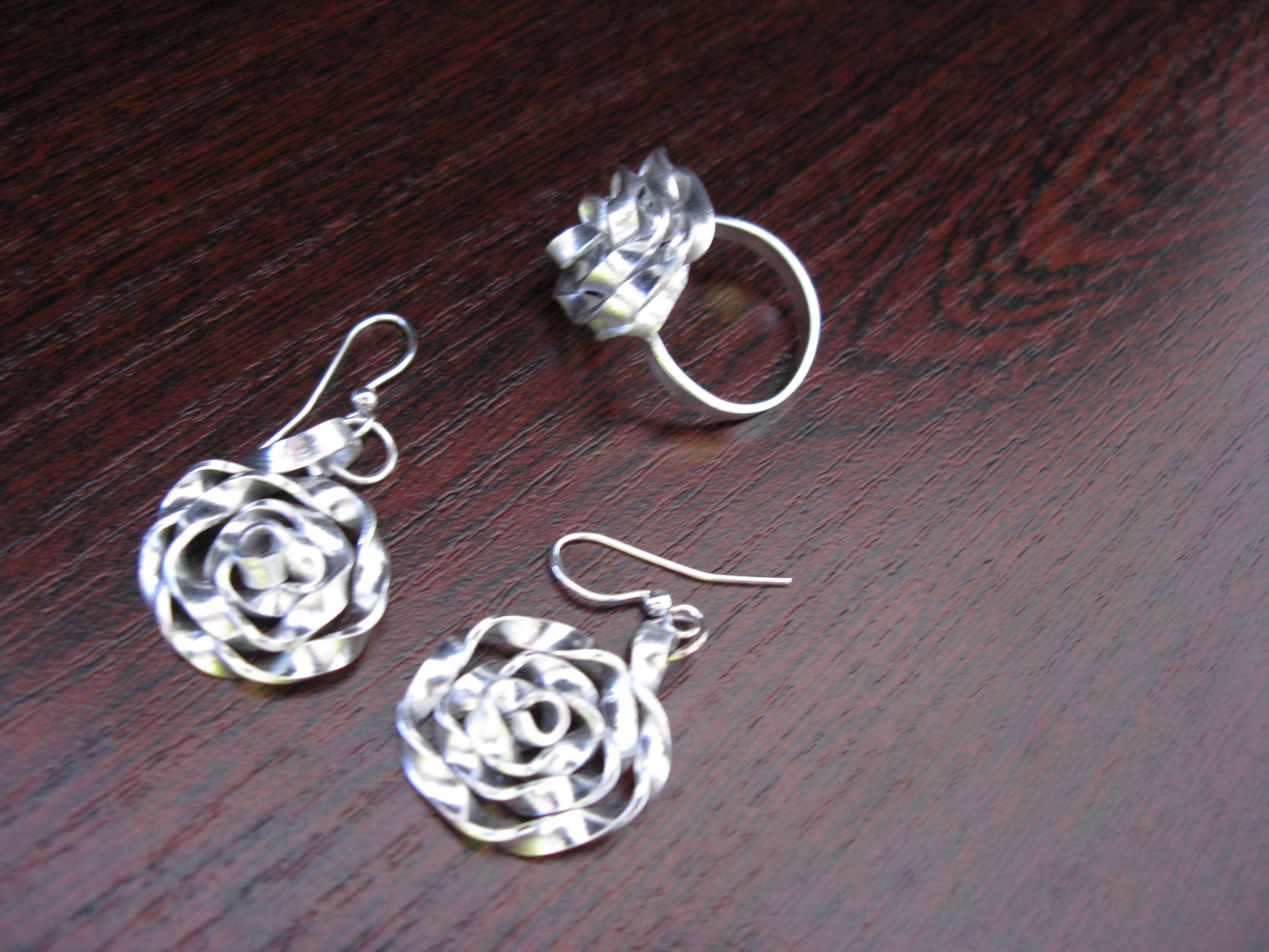 Flat Aluminium Wire, Rose Ring And Earrings