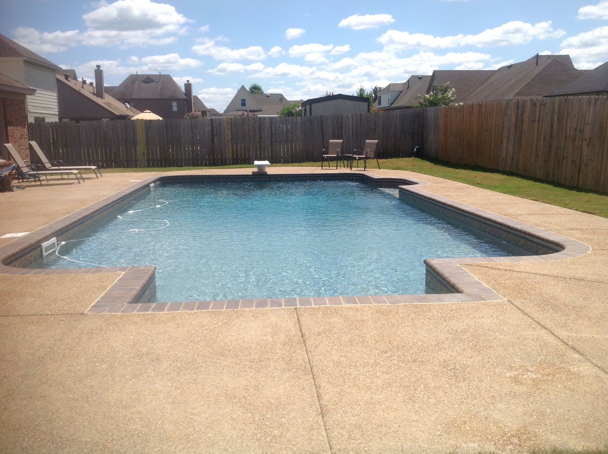 Deep End Pool Service : Liner pool with in laid steps a swim out the